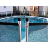 cerca de tela para piscina