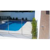 cerca removível em piscina