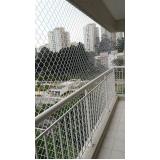 instalação de rede de proteção em prédios na Cidade Tiradentes