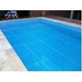 tela para proteção na piscina